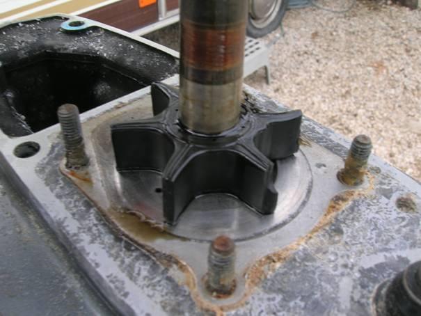 remplacement turbine pompe a eau. Black Bedroom Furniture Sets. Home Design Ideas