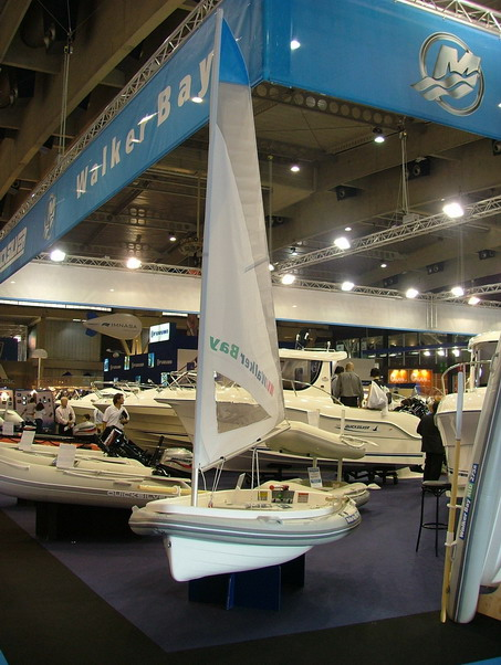 Walker bay barcelone espagne 2005 salon nautique for Salon nautique barcelone