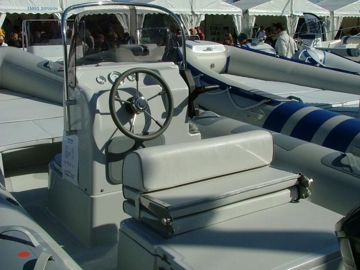 Marsea marine loisirs semi rigide et bateau pneumatique - Salon nautique ciotat ...