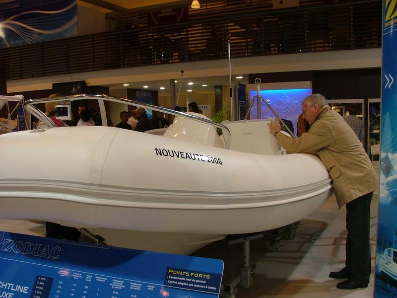 Zodiac paris 2005 salon nautique for Salons nautiques